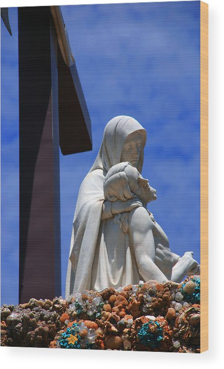 Jesus And Maria Wood Print featuring the photograph Jesus And Maria by Susanne Van Hulst