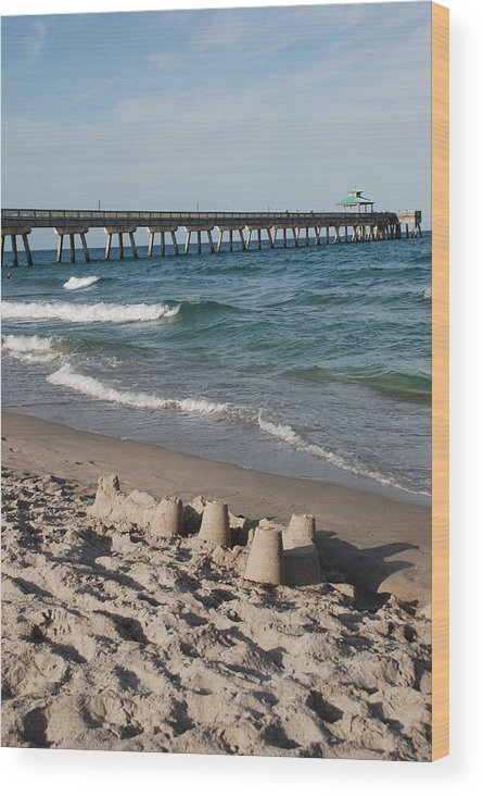 Sea Scape Wood Print featuring the photograph Sand Castles And Piers by Rob Hans