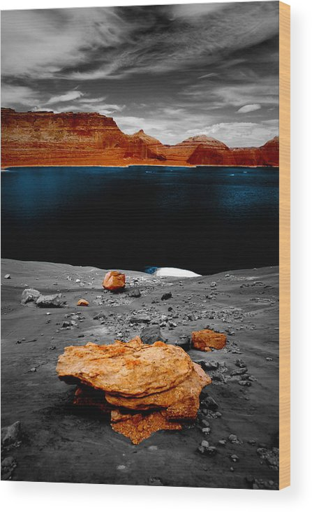 Photography Wood Print featuring the photograph Tabletop Boulder Lake Powell by Tom Fant