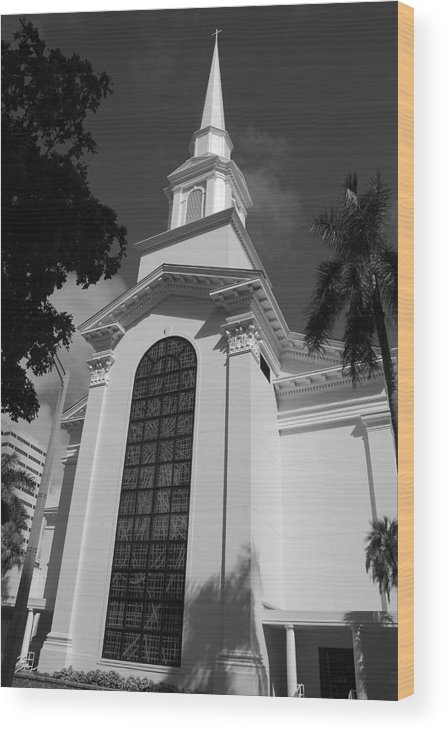 Architecture Wood Print featuring the photograph Thats Church by Rob Hans