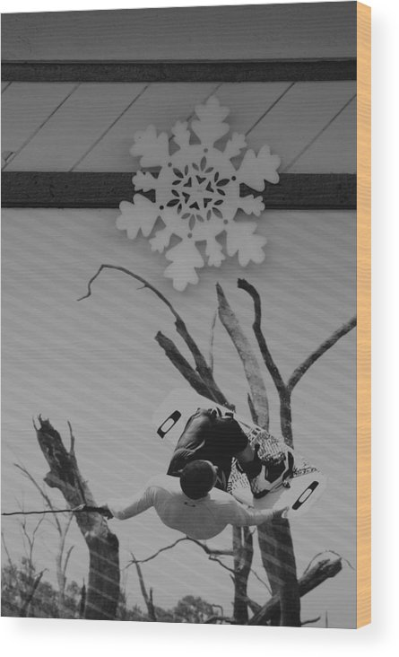 Snow Flake Wood Print featuring the photograph Wall Surfing With A Snow Flake by Rob Hans