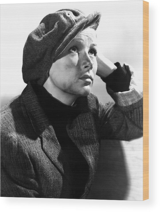 1940s Movies Wood Print featuring the photograph Sullivans Travels, Veronica Lake, 1941 by Everett