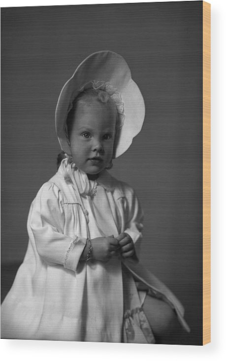 Sunday Bonnet Wood Print featuring the photograph Girl With Bonnet And Curls by Seely Studio