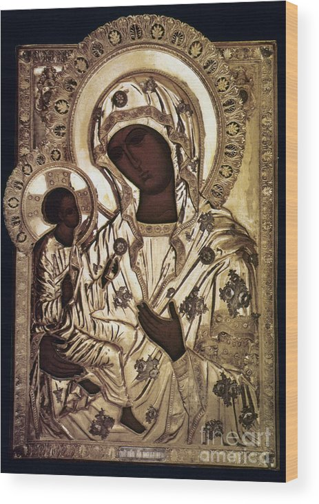16th Century Wood Print featuring the photograph Our Lady Of Yevsemanisk by Granger