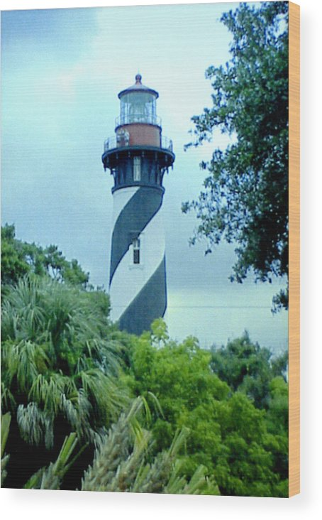 St Augustine Lighthouse Artwork Wood Print featuring the photograph St Augustine Lighthouse by Frederic Kohli