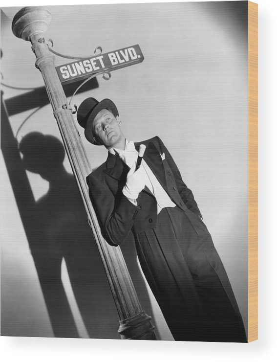 1950 Movies Wood Print featuring the photograph Sunset Boulevard, William Holden 1950 by Everett