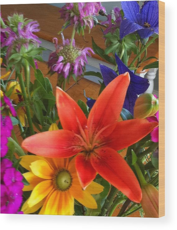 Lily Wood Print featuring the photograph Colors Of Block Island by Patricia Williams