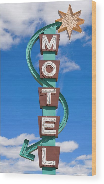 In A Row Wood Print featuring the photograph Classic Motel Sign by Elementalimaging