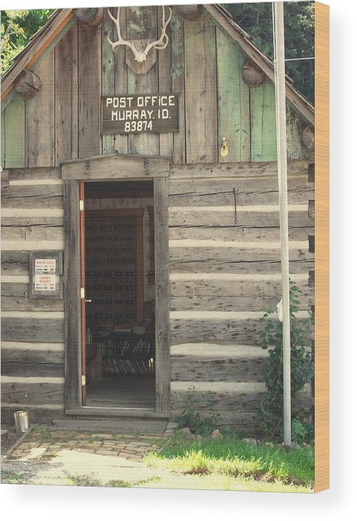 Post Office Wood Print featuring the painting Old Murray Post Office by Kenneth LePoidevin