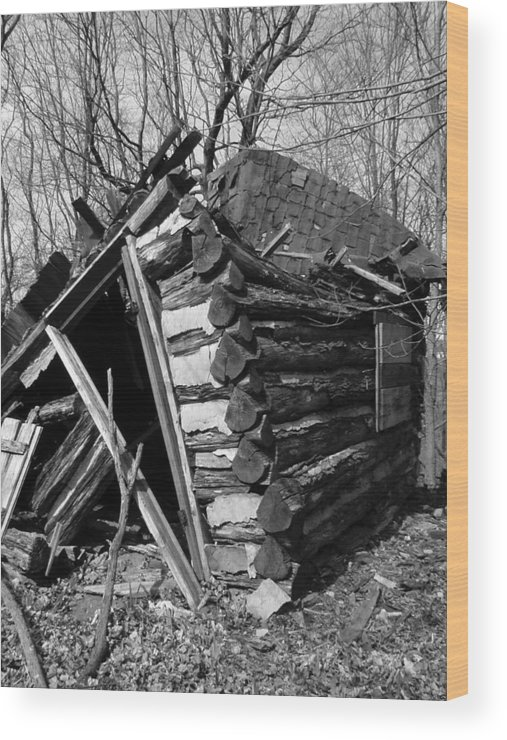Wood Print featuring the photograph WinslowLogCabin by Curtis J Neeley Jr