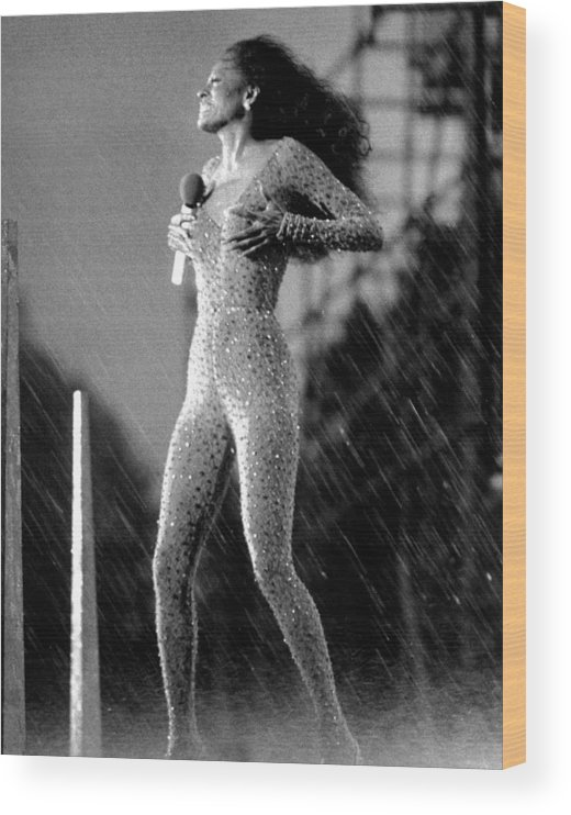 Singer Wood Print featuring the photograph A Torrential Downpour, With Winds by New York Daily News Archive