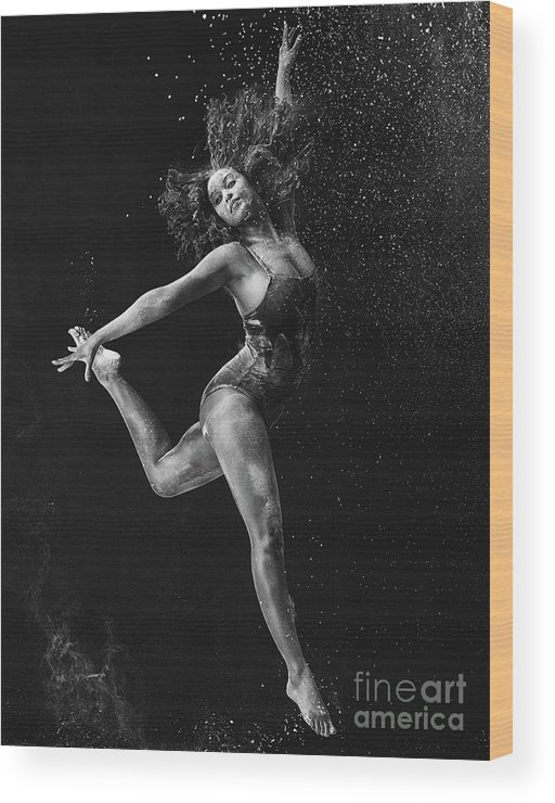 Ballet Dancer Wood Print featuring the photograph Dancing Is A Form Of Visual Art by Tassii
