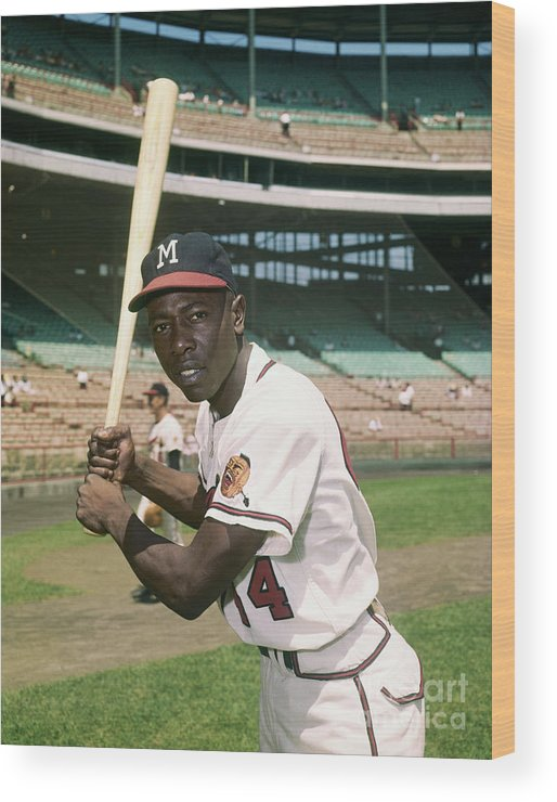 People Wood Print featuring the photograph Hank Aaron Of The Milwaukee Braves by Bettmann