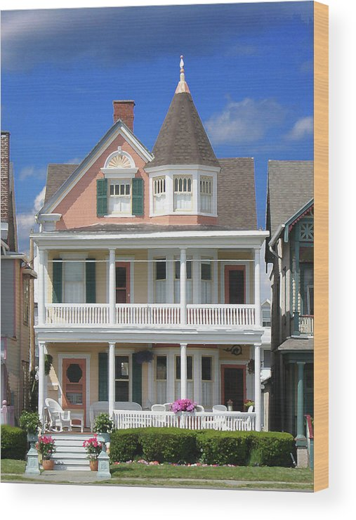 Architecture Wood Print featuring the photograph Ocean Grove Victorian by Steve Karol