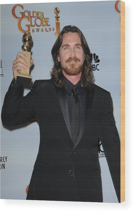 Christian Bale Wood Print featuring the photograph Christian Bale In The Press Room by Everett
