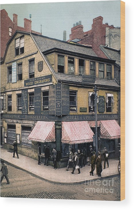 1900 Wood Print featuring the photograph Boston: Bookshop, 1900 by Granger