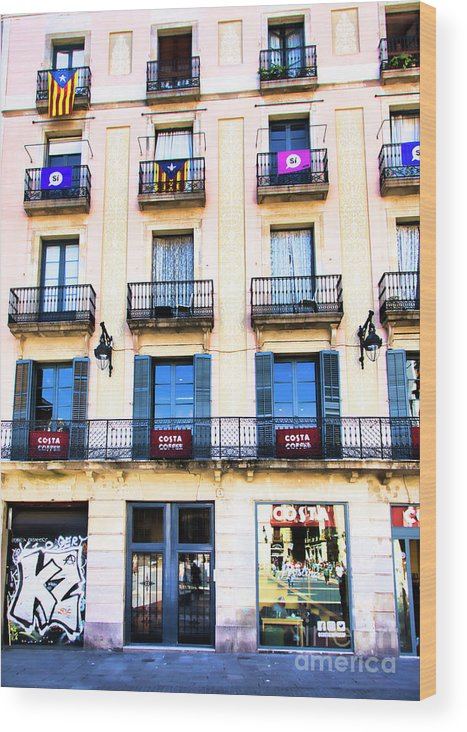 Light Wood Print featuring the photograph Costa Coffee Shop Barcelona by Chuck Kuhn