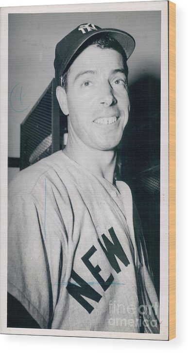 People Wood Print featuring the photograph Joe Dimaggio by Sports Studio Photos