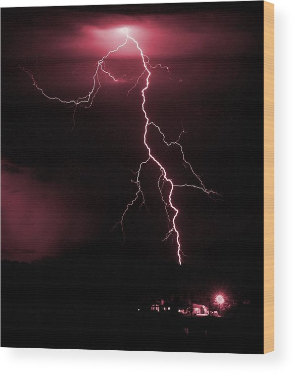 Thunder Wood Print featuring the photograph Fire In The Sky by HW Kateley
