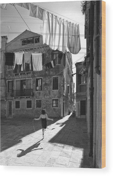 Laundry Wood Print featuring the photograph Innocent Games by Francesco Deste
