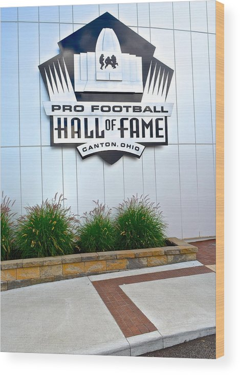 Nfl Wood Print featuring the photograph Nfl Hall Of Fame by Frozen in Time Fine Art Photography