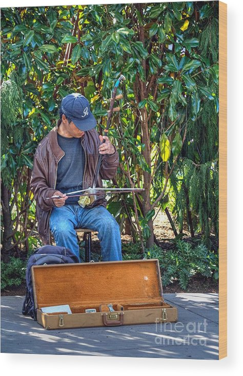 Handheld Wood Print featuring the photograph Seattle Street Musician by Chris Anderson