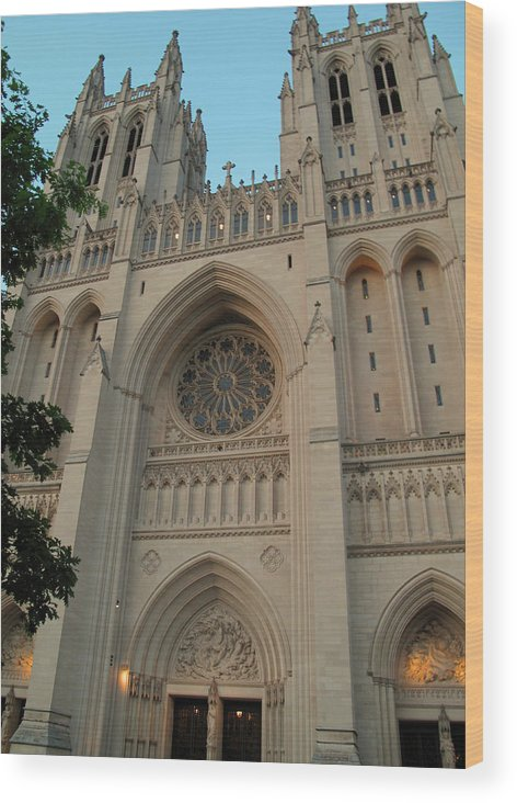 national Historic Site Wood Print featuring the photograph Washington National Cathedral by Barbara McDevitt