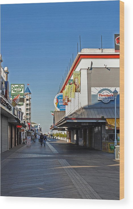 Fair Wood Print featuring the photograph Oc Boardwalk by Skip Willits