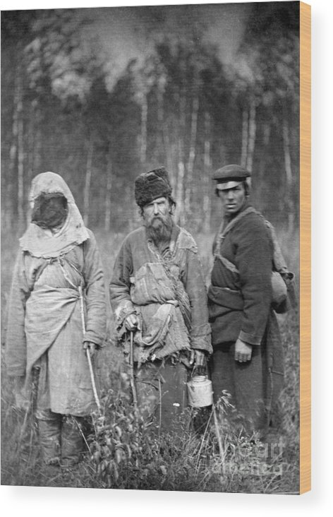 1885 Wood Print featuring the photograph Russia: Convicts, C1885 by Granger
