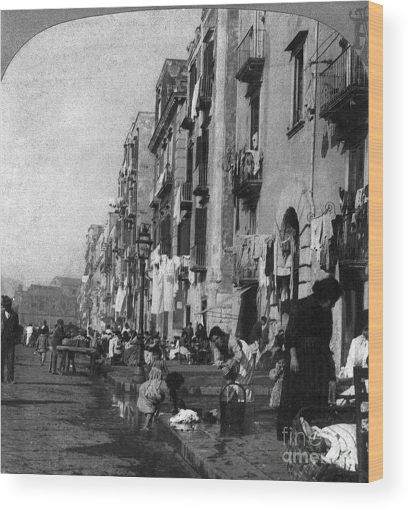 1904 Wood Print featuring the photograph Italy: Naples, C1904 by Granger