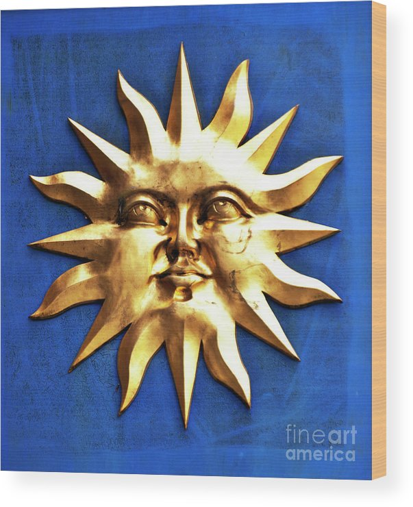 Sun Wood Print featuring the photograph Smiling Sunshine by Meirion Matthias