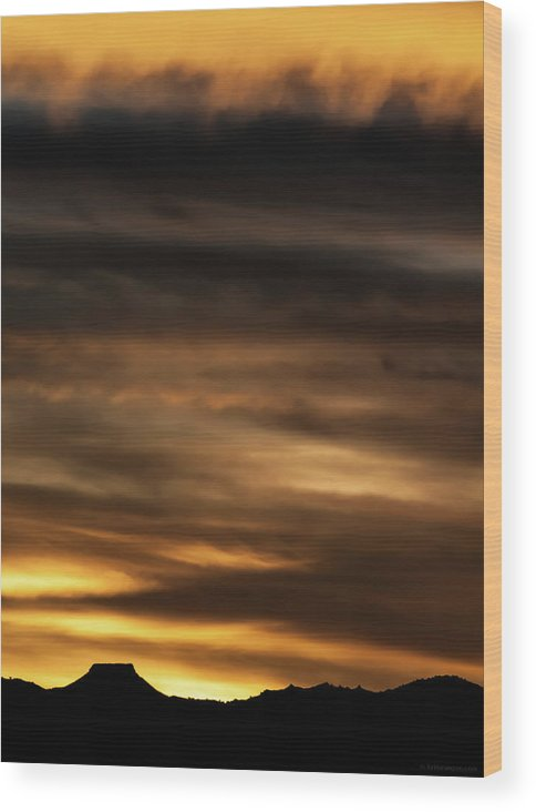 Sunset Wood Print featuring the photograph Cerro Pedernal by Britt Runyon