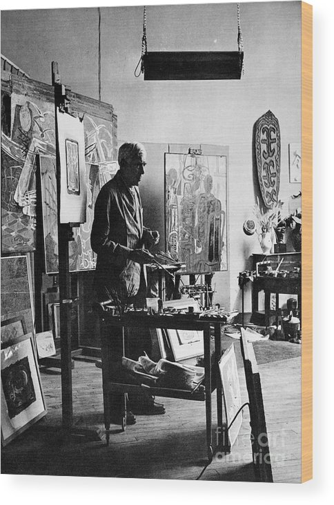 20th Century Wood Print featuring the photograph Georges Braque (1882-1963) by Granger