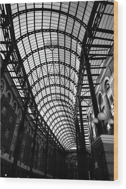 Hay's Galleria Wood Print featuring the photograph Hay's Galleria by Mr Bell Travels