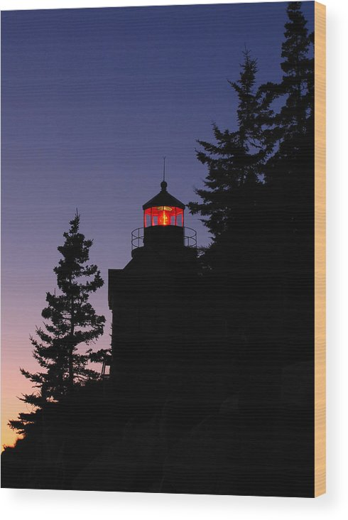Acadia Lighthouse Wood Print featuring the photograph Maine Lighthouse by Juergen Roth