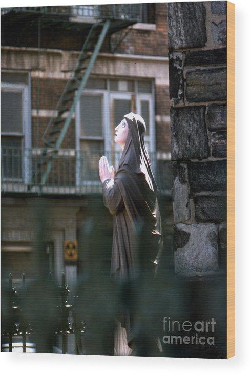 Erik Wood Print featuring the photograph Street Prayer by Erik Falkensteen