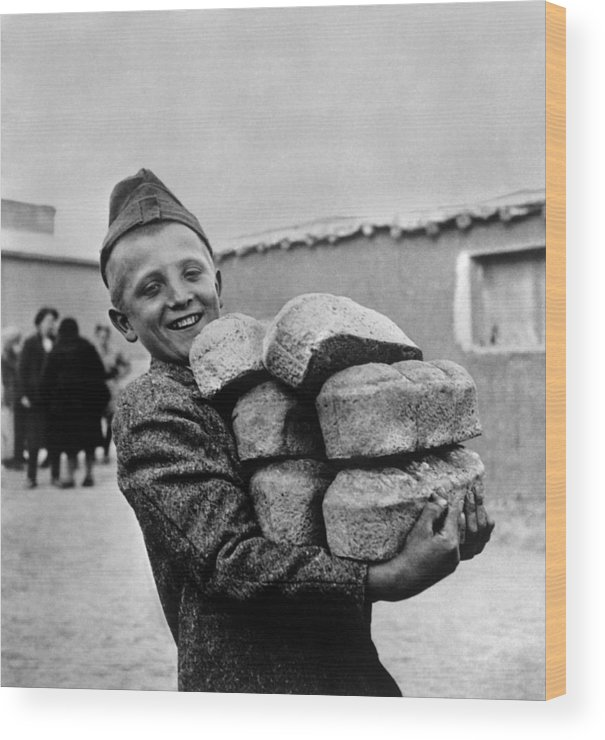 History Wood Print featuring the photograph Polish Youngster With Bread Made by Everett