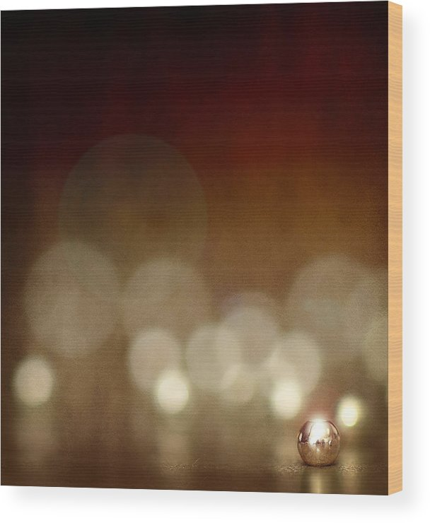Crimp Wood Print featuring the photograph The Crimp Bead by Cherie Duran