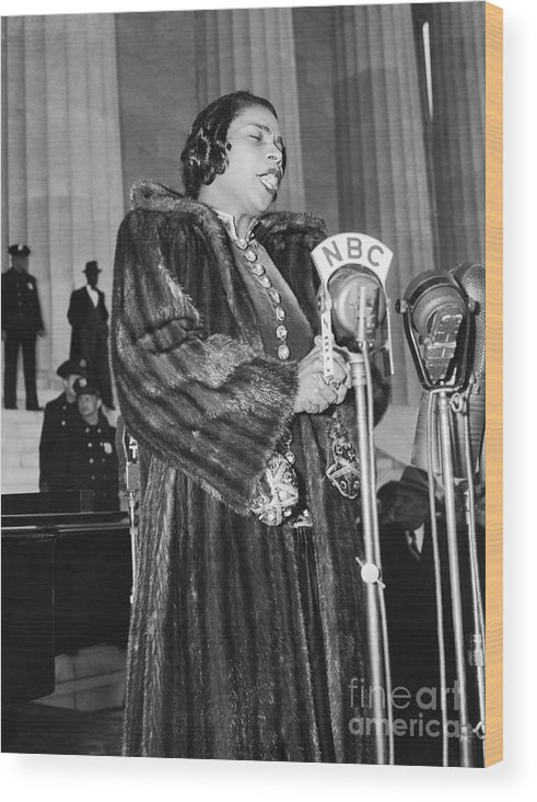 Singer Wood Print featuring the photograph Marian Anderson by Bettmann