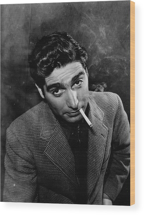 Timeincown Wood Print featuring the photograph Robert Capa by Alfred Eisenstaedt