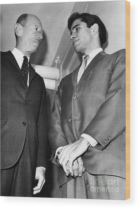Lawyer Wood Print featuring the photograph Sirhan Sirhan With Lawyer by Bettmann
