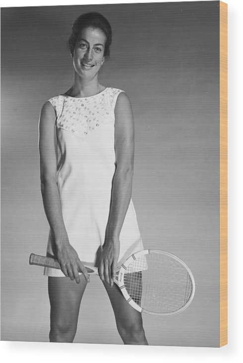 Tennis Wood Print featuring the photograph Virginia Wade by Chaloner Woods