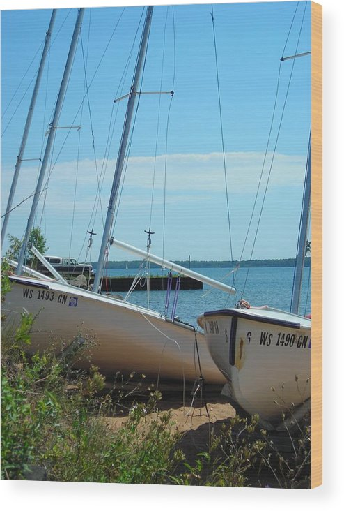Boats Wood Print featuring the photograph Beached by Peter Mowry