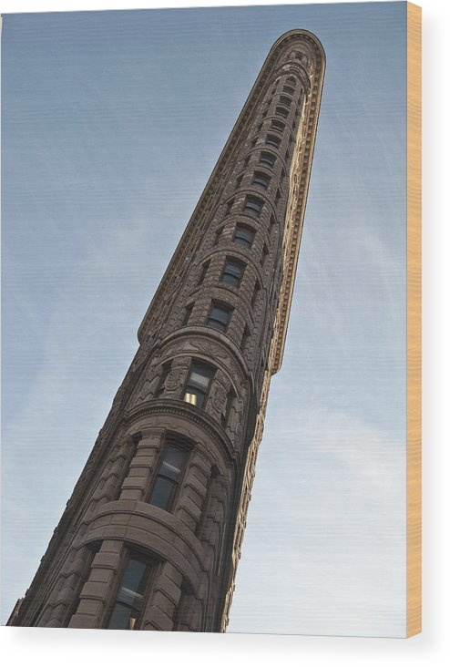 Sky Wood Print featuring the photograph Flatiron No1 by Dan Andersson