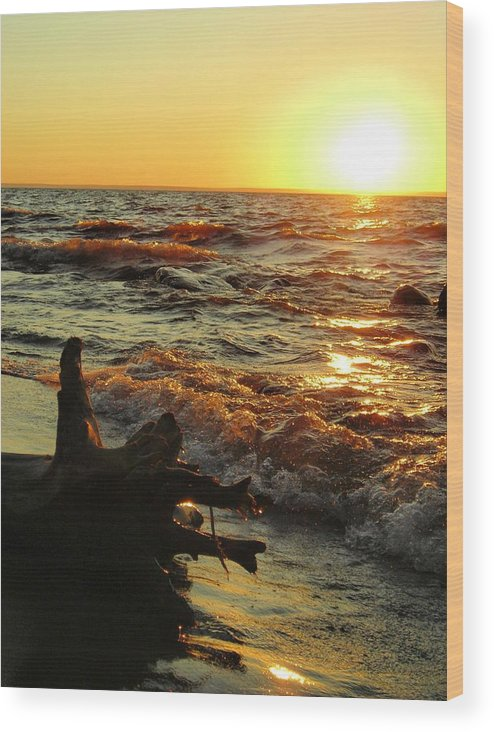 Sunset Wood Print featuring the photograph Sunset On The Beach by Peter Mowry