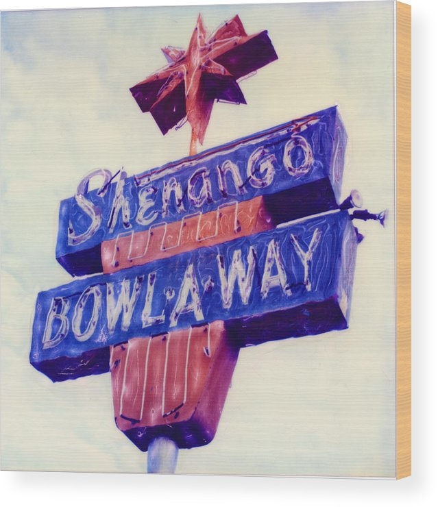 Nostalgia Wood Print featuring the photograph Shenango Bowl-a-way by Steven Godfrey