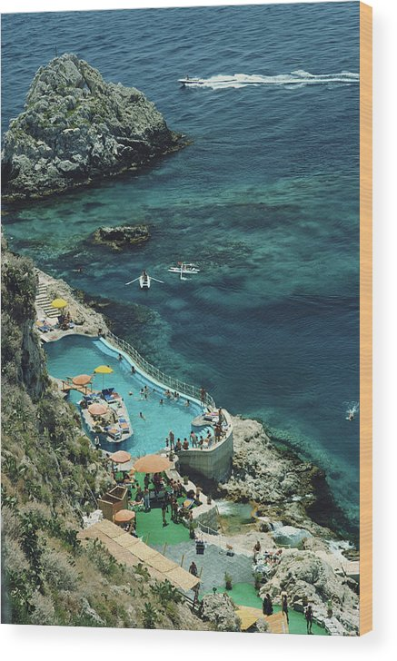 People Wood Print featuring the photograph Hotel Taormina Pool by Slim Aarons