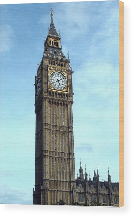 Landscape Wood Print featuring the photograph Big Ben in London England by Brooke Lyman