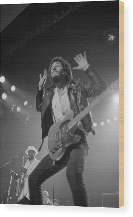Bruce Springsteen Wood Print featuring the photograph Springsteen Live In New Jersey by Fin Costello
