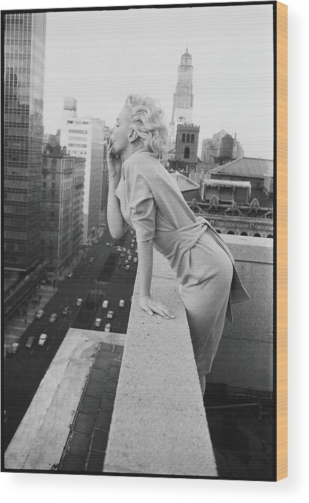 Smoking Wood Print featuring the photograph Marilyn On The Roof by Michael Ochs Archives